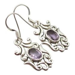 Schönen violettem Amethyst Ohrringe in Silber